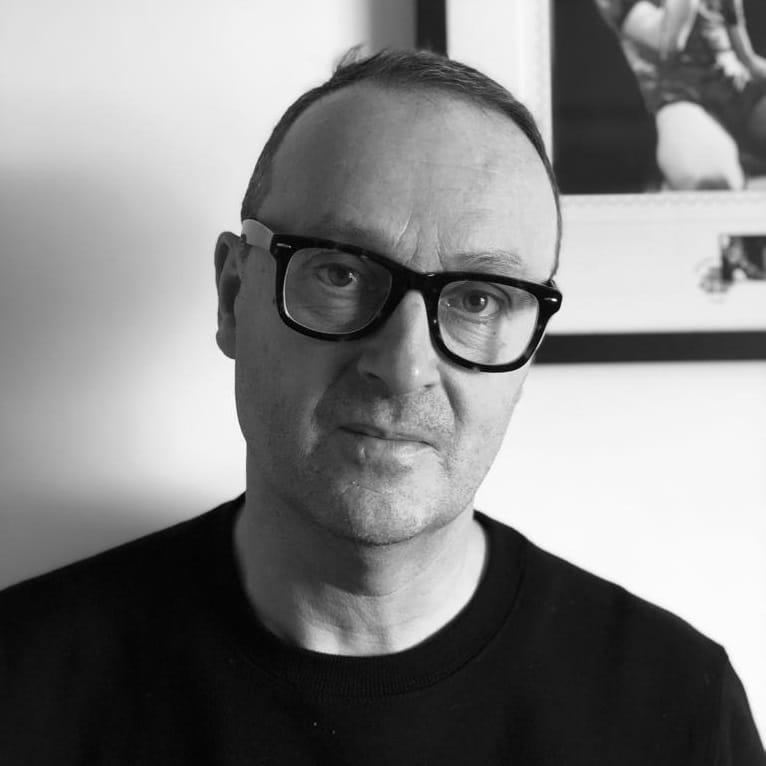 Gareth Cooke MI-HOUSE DJ PRESENTER